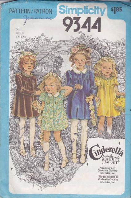 Simplicity 9344 Girls Dress Vintage Sewing Pattern 1970's - VintageStitching - Vintage Sewing Patterns