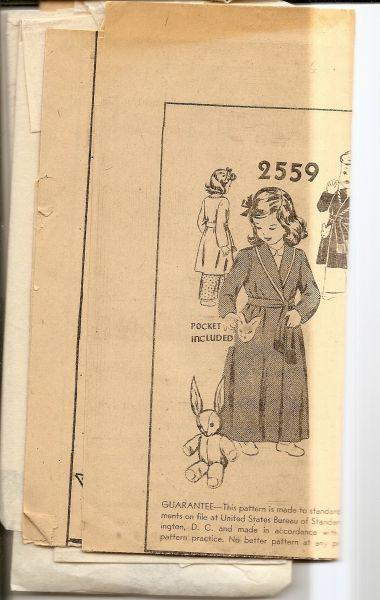 Vintage 1940's Sewing Pattern Mail Order Childs Bathrobe Unprinted - VintageStitching - Vintage Sewing Patterns