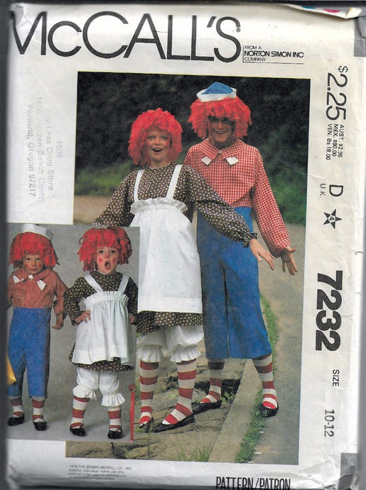 McCall's 7232 Raggedy Ann Andy Childs Halloween Costume Vintage 1980's Pattern - VintageStitching - Vintage Sewing Patterns