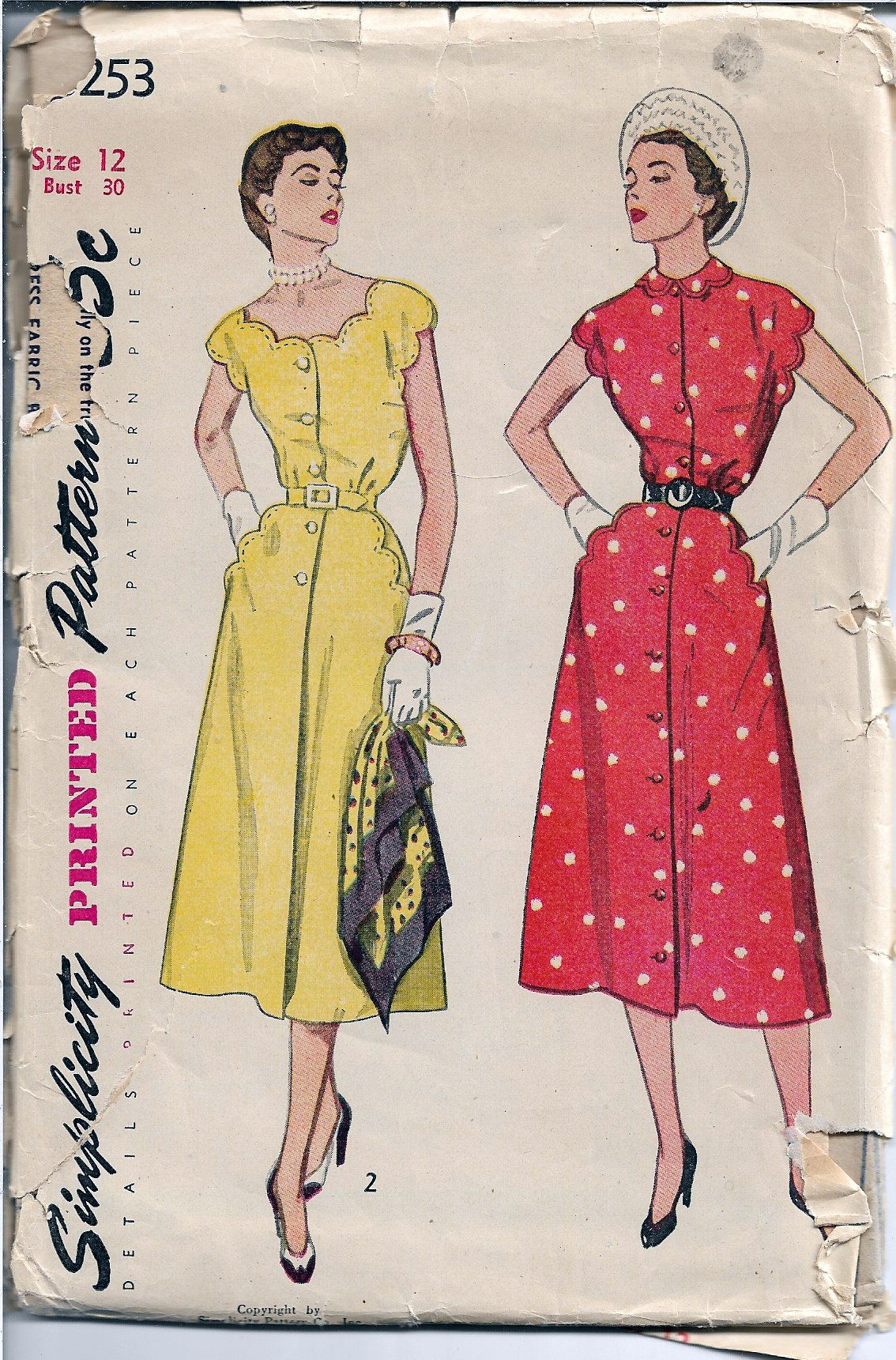 Simplicity 3253 Ladies Scalloped Buttoned Dress Vintage Sewing Pattern 1950s - VintageStitching - Vintage Sewing Patterns