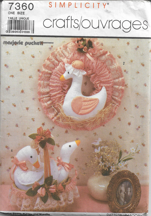 Simplicity 7360 Vintage Sewing Craft Pattern 1980s Decorative Geese Wreath - VintageStitching - Vintage Sewing Patterns