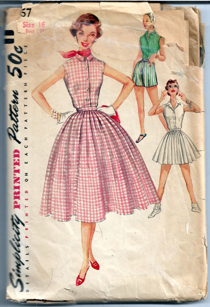 Simplicity 1167 Ladies Pleated Skirt Shorts Vintage Sewing Pattern 1950s - VintageStitching - Vintage Sewing Patterns