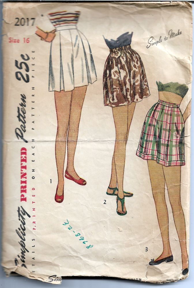 Simplicity 2017 Ladies Shorts Vintage Sewing Pattern 1940s - VintageStitching - Vintage Sewing Pattern