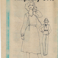 Simplicity 8440 Ladies Pullover Top Pants Skirt Vintage Sewing Pattern 1970s No Envelope
