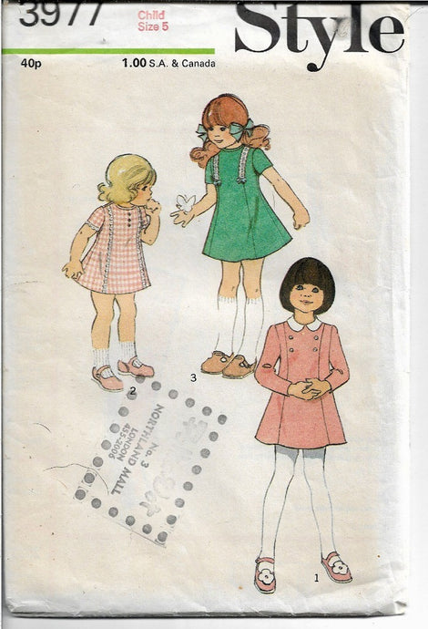 Style 3977 Little Girls Panelled Dress Vintage Sewing Pattern 1970s - VintageStitching - Vintage Sewing Patterns