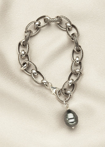 Heavy silver plate chain with Black shell pearl drop