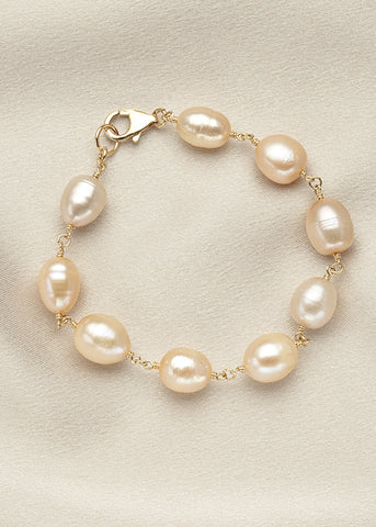 Natural pink freshwater pearls