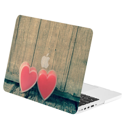 TOP CASE - Two Hearts on Wooden Graphics Rubberized Hard Case Cover for Macbook Retina 15""