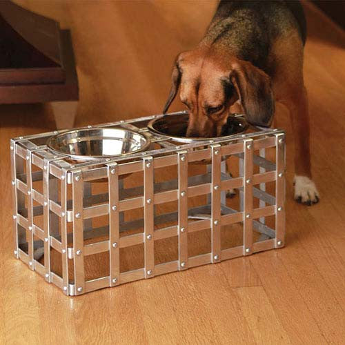 Austi Strap Dog Feeder medium size with dog feeding