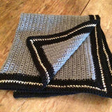 Dogquette Blanket DO1046 folded square, corner open