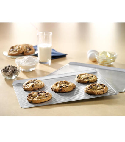 Non Stick Cookie Sheet Pans at Culinary Apple