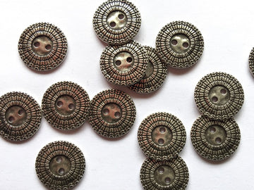 Silver Colour Metal Patterned Buttons Size 18mm - TGB2900