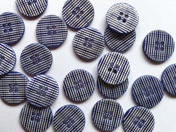 Navy Check Shell Button Size 15mm - TGB3819