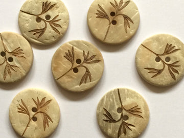Pale Coco Shell with Leaf Pattern Button 22mm - TGB1586