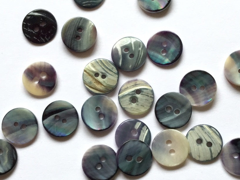 Mussel Shell Round Button 10mm - TGB2099