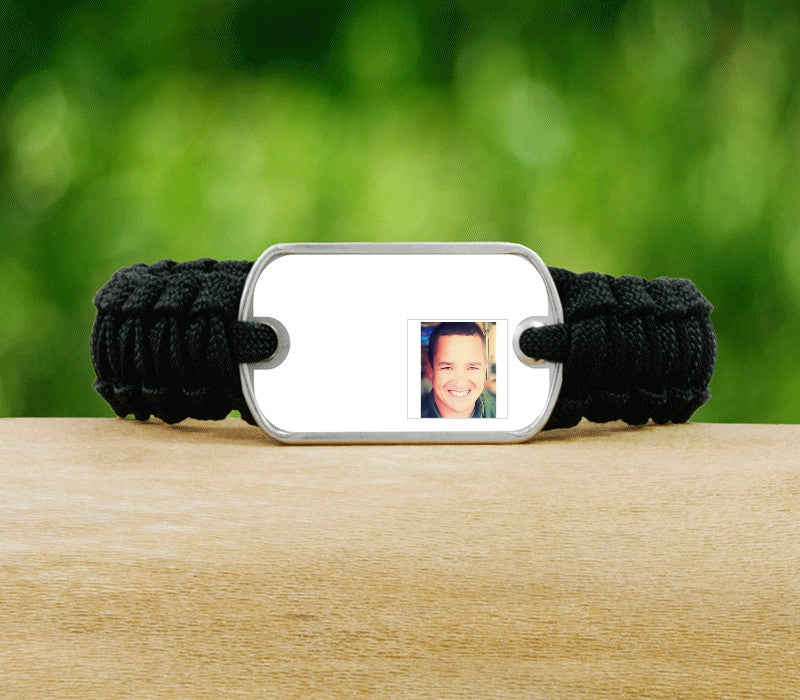 Light Duty Survival Bracelet - Hero Picture