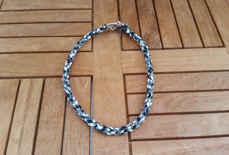 Necklace Camo Black And White