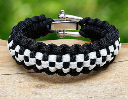 Regular Survival Bracelet™ - Checkered