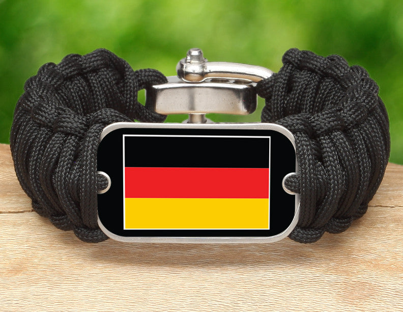 Wide Survival Bracelet™ - German Flag