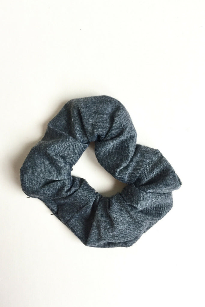 women's yoga scrunchie dark grey