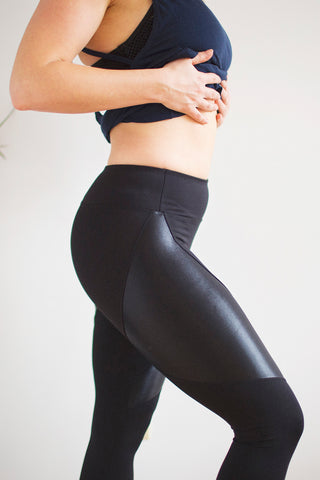 Forge Mid Rise Legging