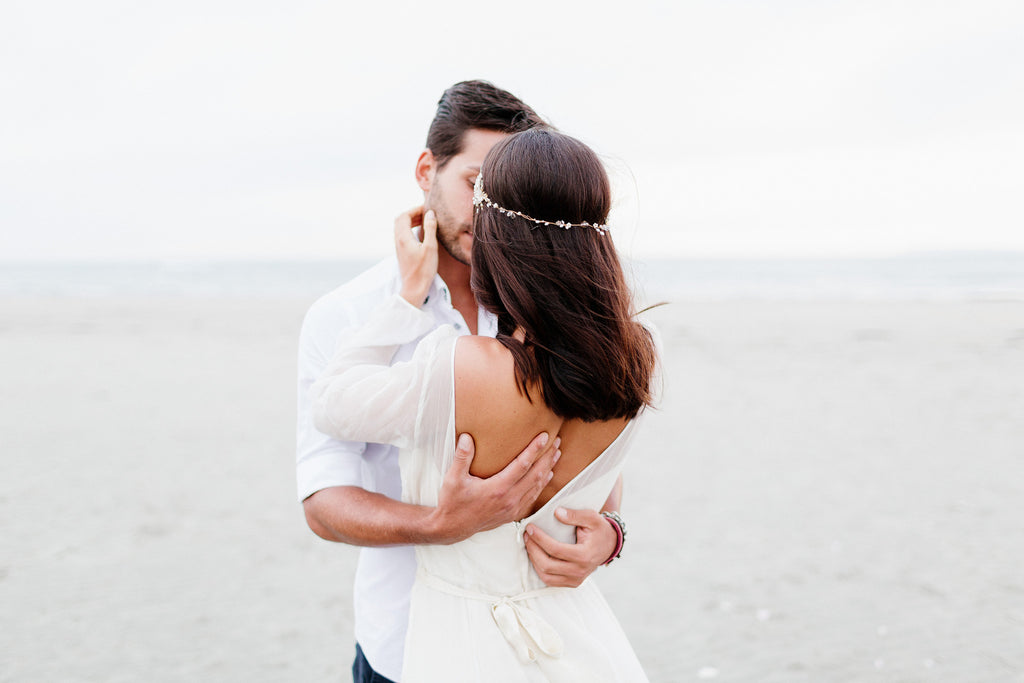 A Seaside Elopement Editorial