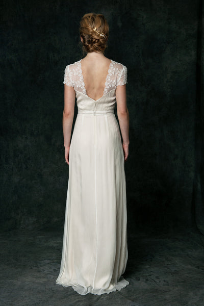 LD6015 A Perfect Alternative Wedding Dress