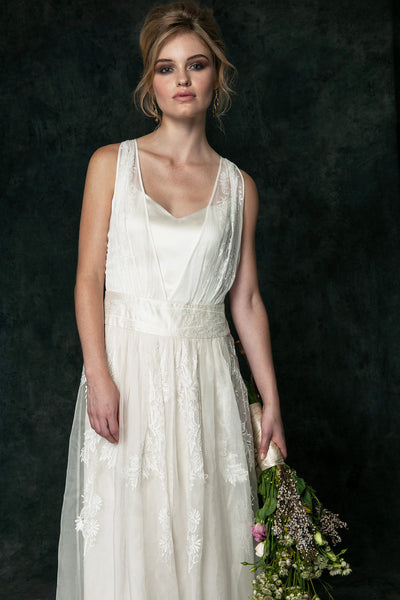 OR6550 Whimsical Alternative Wedding Dress