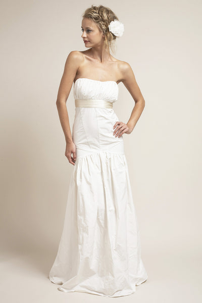 SH6260 Classic Fitted Strapless Wedding Dress
