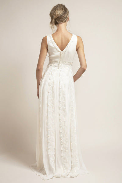 VN6656 Whimsical Alternative Wedding Dress
