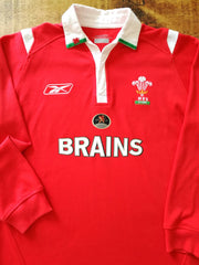 2004/05 Wales Home Rugby Shirt. (L)