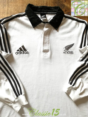 2000 New Zealand Away Rugby Sevens Shirt. (L)