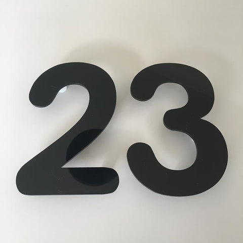 Black Gloss, Floating Finish, House Numbers - Rounded