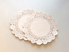 Round Doilies - Pack of 50