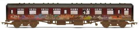 BR Mk1 Coach, Heavily Weathered, Graffiti, Maroon