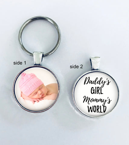 NEW BABY GIFT - Baby Girl- Daddy's girl, Mommy's world