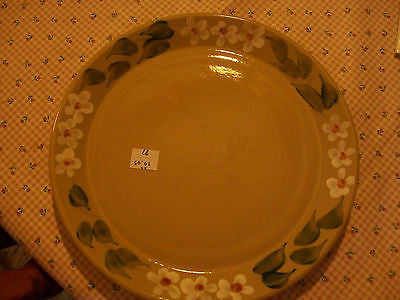 "9 1/2"" beaumont brothers Pottery daisy plate"