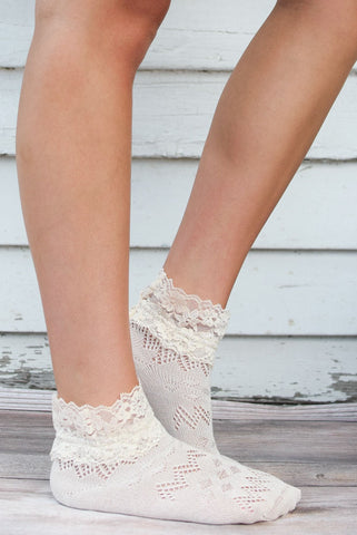 Blush Lace Ankle Socks