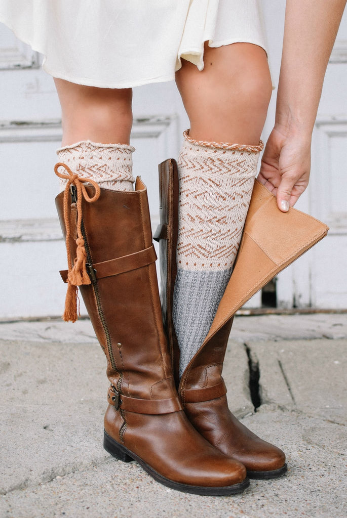 Estes Park Cream & Grey Knee-High Boot Socks with Tassel