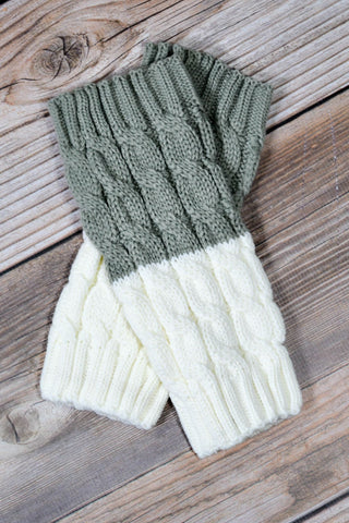 Grey and Ivory Reversible Knitted Boot Cuffs