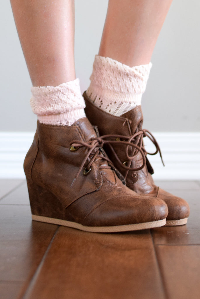 Blush Quarter Socks
