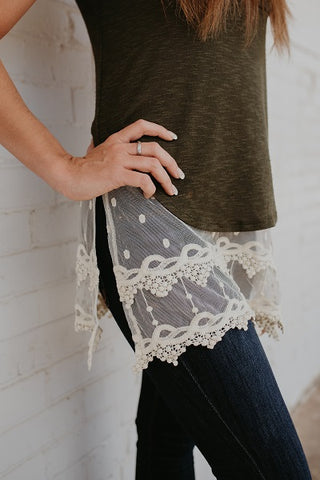 Cream Pointed Lace Top Extender