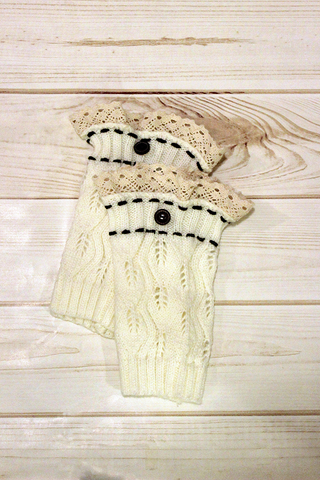 Kids Ivory One Button Leg Warmers **NEW**