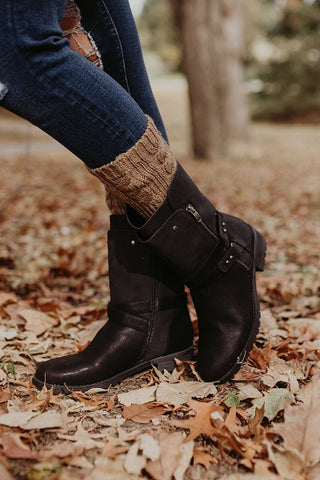 Mocha Cable Knit Boot Cuffs