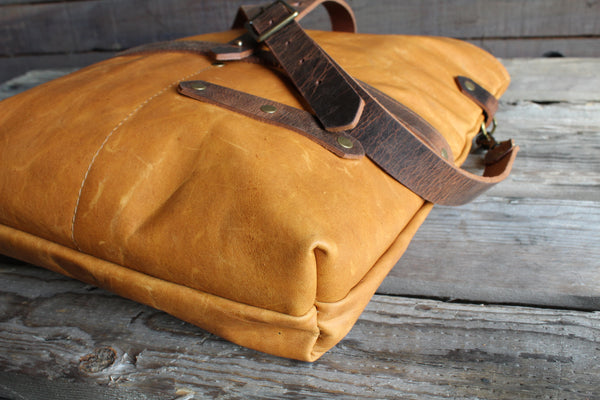 Rucksack Roller Bag - Medium (Leather)