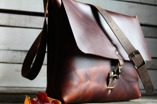 Montana Messenger Leather Laptop Bag (two sizes)