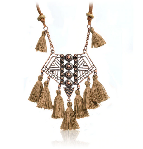 Bohemian Necklace With Hollow Geometric Pendant (2 Color Options)
