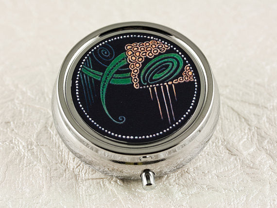 French Deco Moderne Pill Box in Black and Green