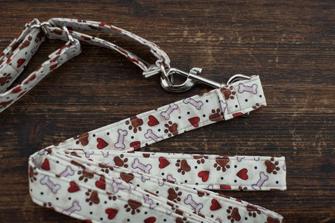 Leash & Collar (Tan w/ Hearts, Bones, Paws)