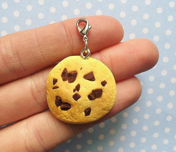 Polymer Clay Realistic Chcolate Chip Cookie Charm Keychain Gift Milk Chocolate Biscuit Charm Cute Kawaii Charm